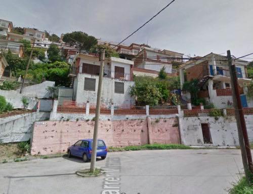 Els veïns de Can Carreres denuncien la mala gestió de l'Ajuntament sobre els pisos turístics a la urbanització