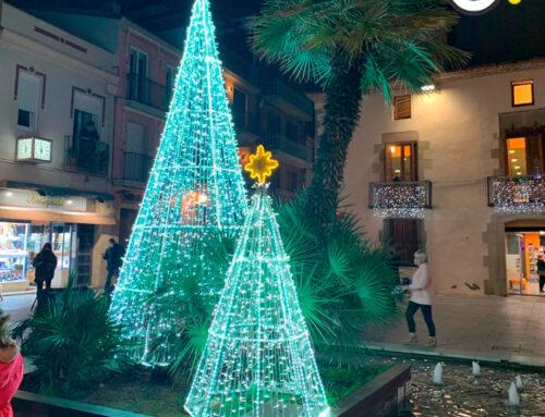 El Nadal arriba a Calella en forma de llums de colors